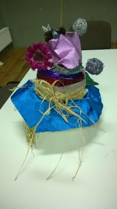 HATS OUT OF THIS WORLD, IDEAL FOR A TEA WITH THE QUEEN2 workshop